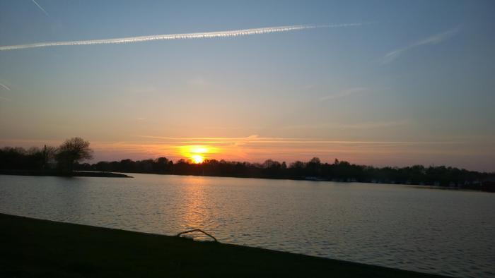Kanal Sonnenuntergang